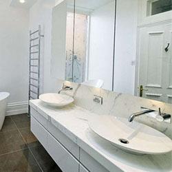 Модерен санитарен фаянс – вносни мивки за баня